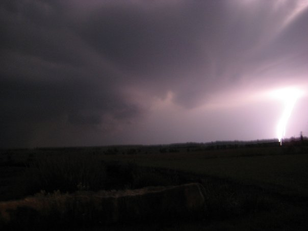 Lightning near Winfield, KS