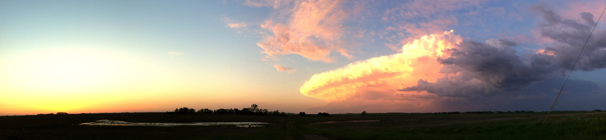 Sunset supercell east of Minot, ND
